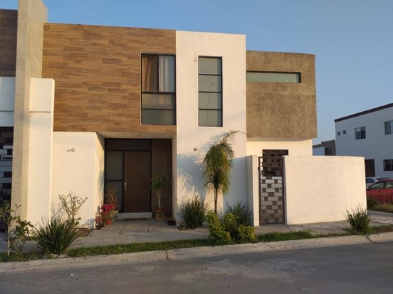 Casa Sola En Venta Residencial Peninsula