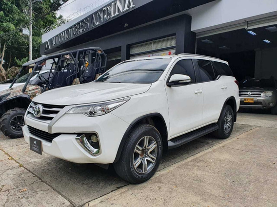 Toyota Fortuner Street Automatica Sec 2017 2.7 Rwd 343