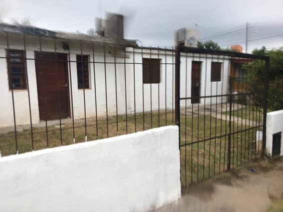 Vende Casa Dos Dormitorios