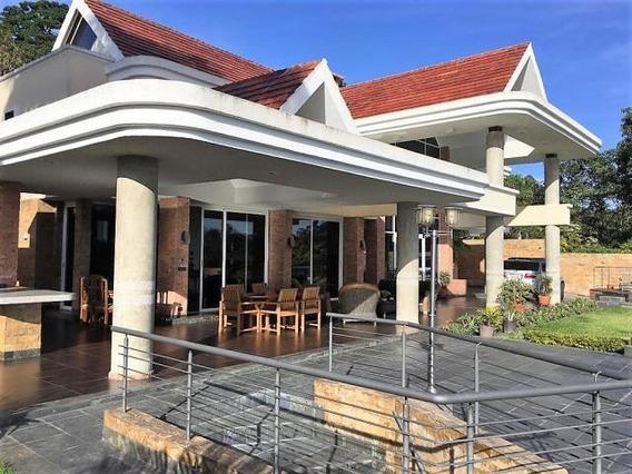 Casa En Venta En La Lagunita Country Club 21-4340 #ventasdeleste