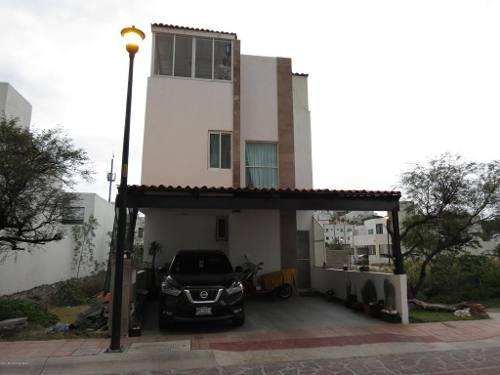 Casa En Venta En Pedregal De Schoenstatt, Corregidora, Rah-mx-20-645