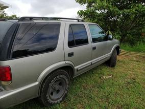 Chevrolet Blazer Año 2000.