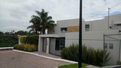 Lc/ Amplia Casa En Renta En Juriquilla Amueblada