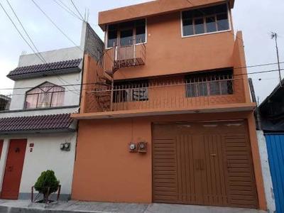 Casa En Renta En Carlos Hank González, Iztapalapa.