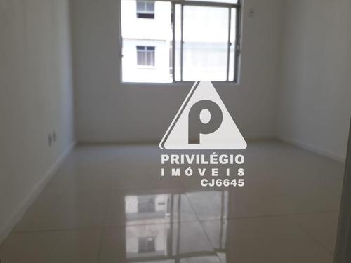Apartamento À Venda, 2 Quartos, Centro - Rio De Janeiro/rj - 29872