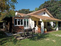 Barrio San Ignacio Con Jardin Arbolado Y Pileta