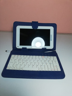 Tablet Tophouse S7002 Con Teclado Incluido