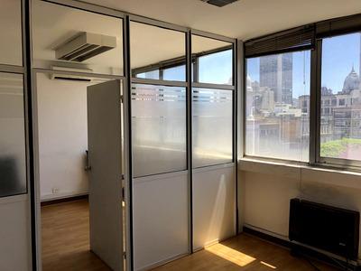 Oficina - Piso Con 4 Despachos, A Metros De Galeria Pacifico, Vista Abierta