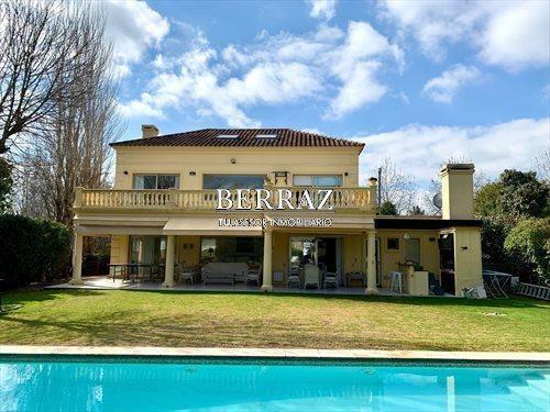 Imagen 1 de 12 de Casa Venta Ayres De Pilar - Pilar