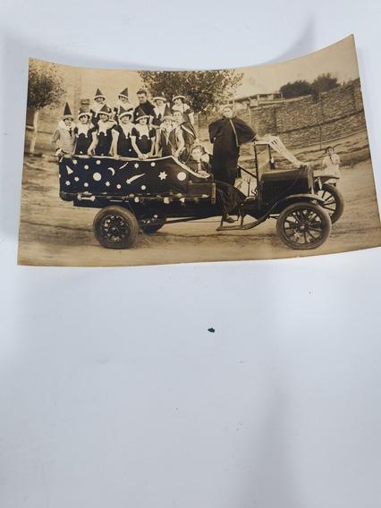 Antigua Foto Postal Niños Disfrazados En Camion- 1920