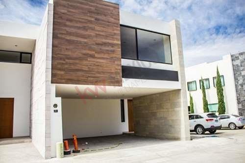 Casa En Venta En Residencial Horizontes Ii $3,900,00.00 Seguridad Y Tranquilidad.