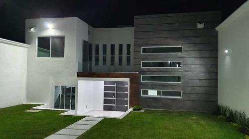 Imagen 1 de 14 de Preciosa Casa En El Centro De Oaxtepec, Aplica Crédito
