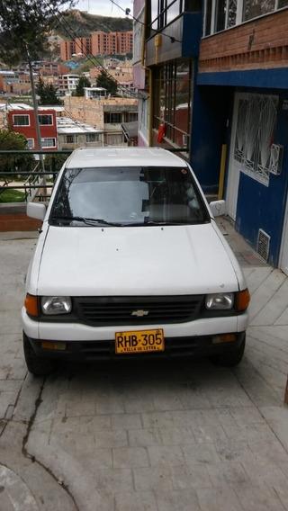 Camioneta Doble Cabina Chevrolet Luv 2300