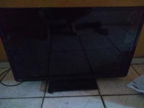 Tv Semp Toshiba 32 Polegadas / Defeito: Display Quebrado.