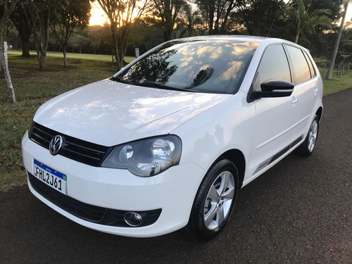 Imagem 1 de 14 de Volkswagen Polo 1.6 Vht Sportline Total Flex I-motion 5p