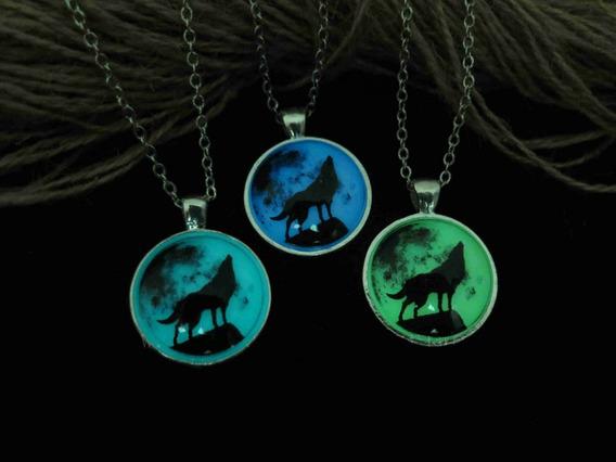 Collar De Luna Con Lobo Que Brilla En La Oscuridad