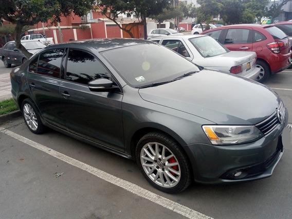 Volkswagen Jetta 2011 2.5 (full), Ocasión, 62mil Km, Automát