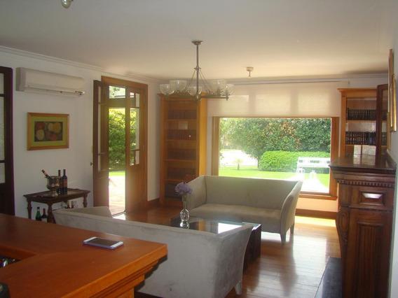 Venta Casa Clasica 6 Amb - Excel. Calidad Constructiva Y Est. De Conservación - Pilar La Martinica