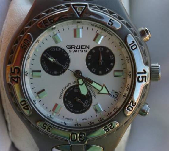 Relógio Suiço Gruen Cronógrafo Solid Titanium Diver 100m