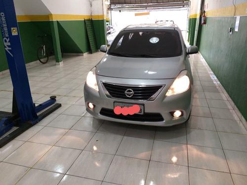 Nissan Versa 2012 1.6 16v S Flex 4p