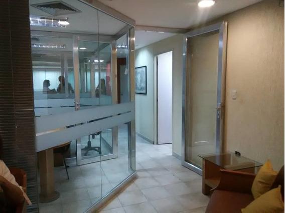 Las Delicias / Maracay / Oficina En Alquiler / 04166437900