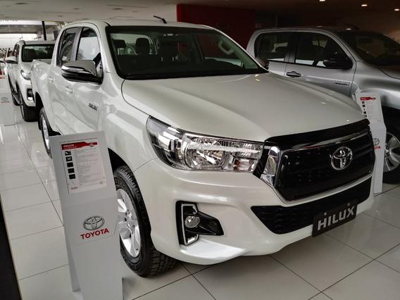 Toyota Hilux 4x4 C. Doble Srv 2.8 Tdi 6 Mt
