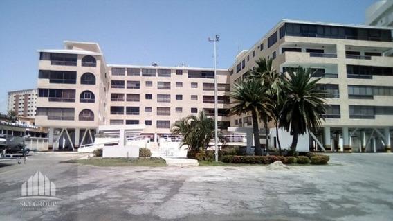 Apartamento En Tucacas, Res. Miramar. Lga-151