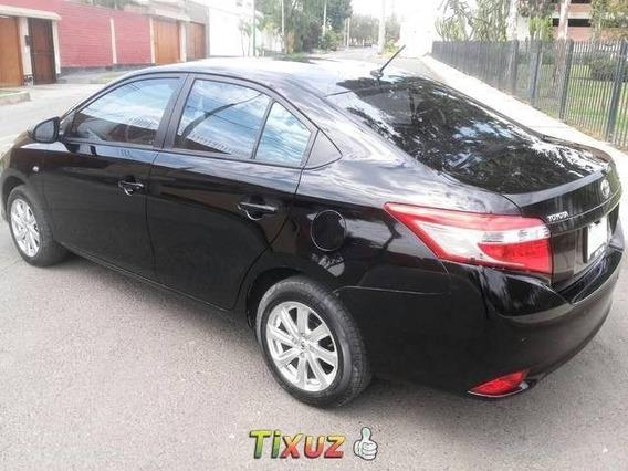 Vendo Toyota Yaris 2016 $9,300
