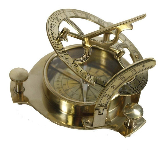 Reloj Y Brújula De Sol Dorada | Diseño Vintage