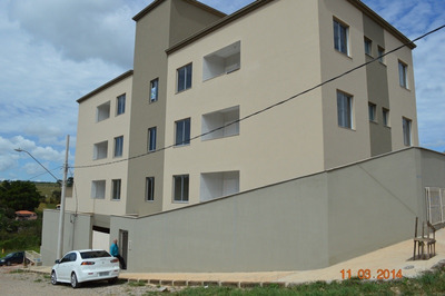 Apartamento Com Área Privativa Com 2 Quartos Para Comprar No Centro Em Brumadinho/mg - 7012