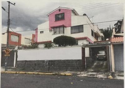 Se Vende Casa De Oportunidad En El Valle De Los Chillos,