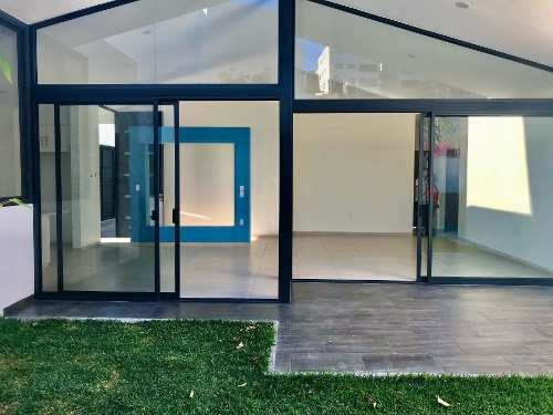 En Venta Casa Nueva De Un Nivel Con Alberca