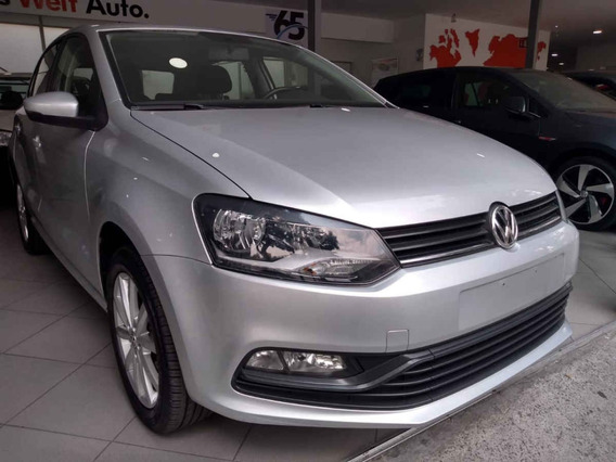 Volkswagen Polo 5p Design & Sound L4/1.6 Aut