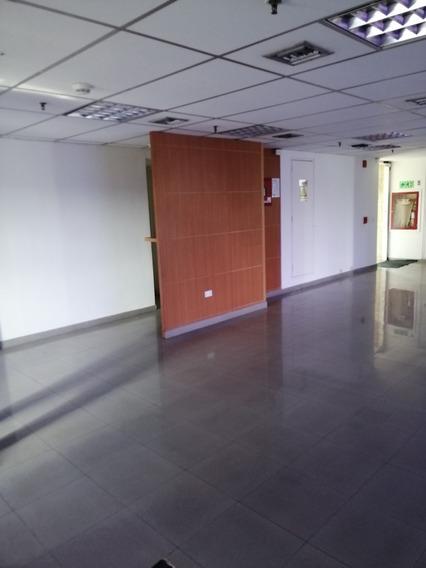 Oficina En Alquiler Urbanización Plaza Venezuela