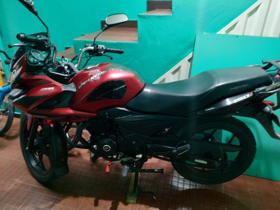 Bajaj Discover 150 F Color Negro Rojo