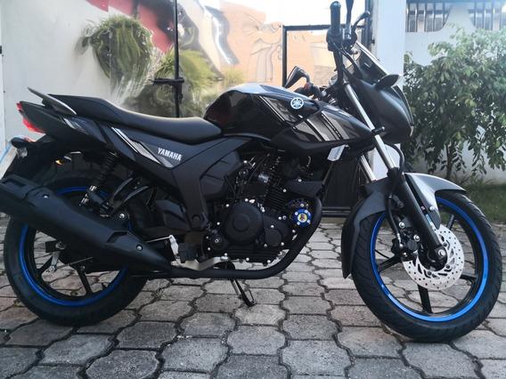 Vendo Moto Yamaha Sz150cc Nueva, Con 380 Kilómetro, Y Extras