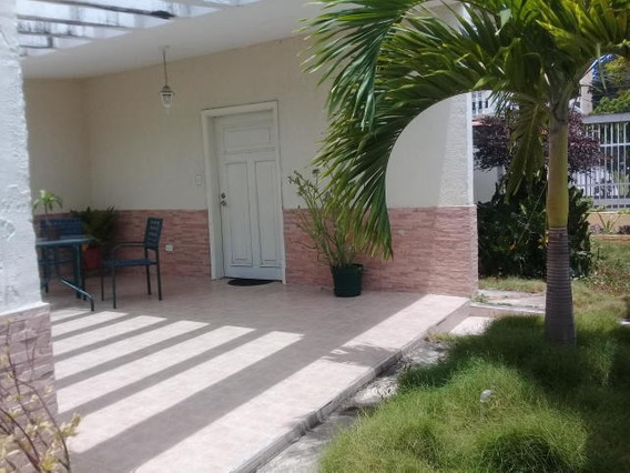 Casa En Venta En Barquisimeto Kcu 20-1499