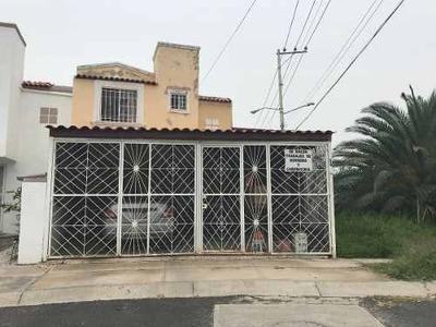 Casa Venta Villas De La Hacienda $799,000.