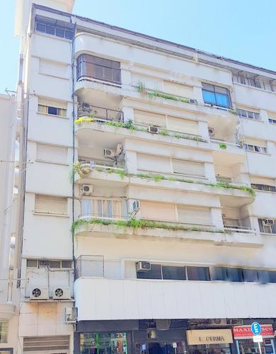 Corrientes 800 Y Esmeralda 3 Amb 2 Dorm 45 M2 Piso 5 Vista