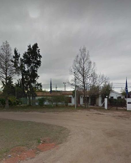 Muy Buen Terreno De 2000 M2 Con Construcción Sobre Avenida