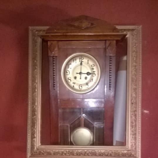Antiguo Reloj De Pared Marca Gustavo Becker