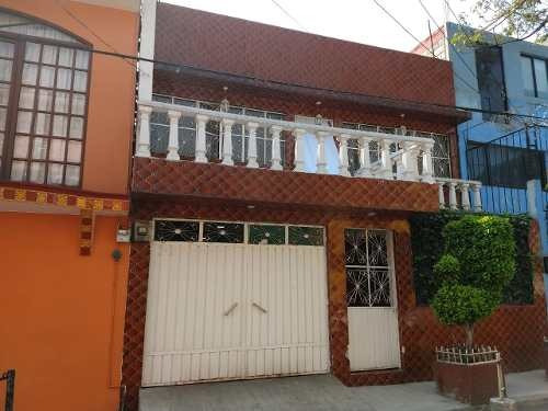 Casa En Venta Col. Tezozomoc, Azcapotzalco Cerca De Metro