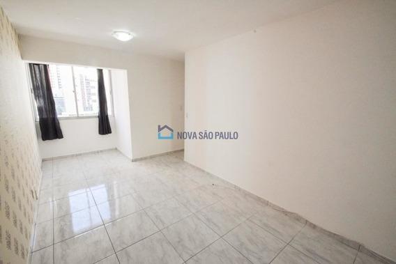 Apartamento Metrô Saude/praça Da Árvore 2 Dormitórios - Bi23007