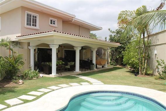 Espectacular Casa En Alquiler En Costa Del Este Panama