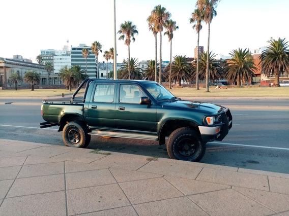Toyota Hilux 2.8 D/cab 4 X 4 D Sr5 98