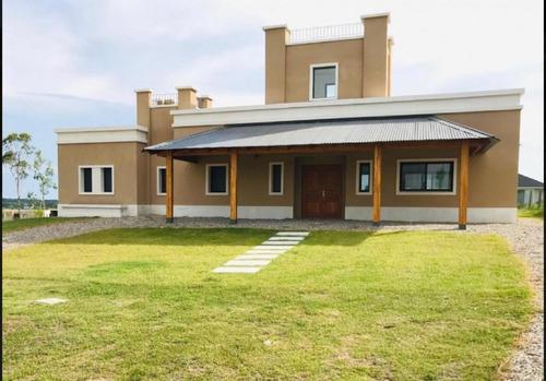 Casa 3 Dormitorios Con Renta En Mirador De La Tahona