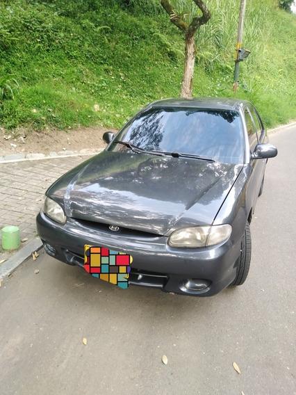 Hyundai Accent Automovil