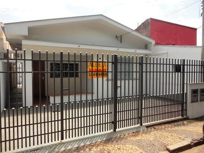 Casa Frente Nascente Sem Vizinhos. Frente À Praça. Ca784