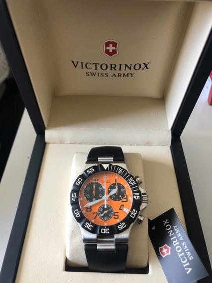 Relógio Victorinox Swiss Army Summit Xlt