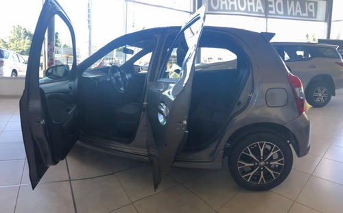Toyota Etios Xls  At 5p 1,5 Marzo 2021